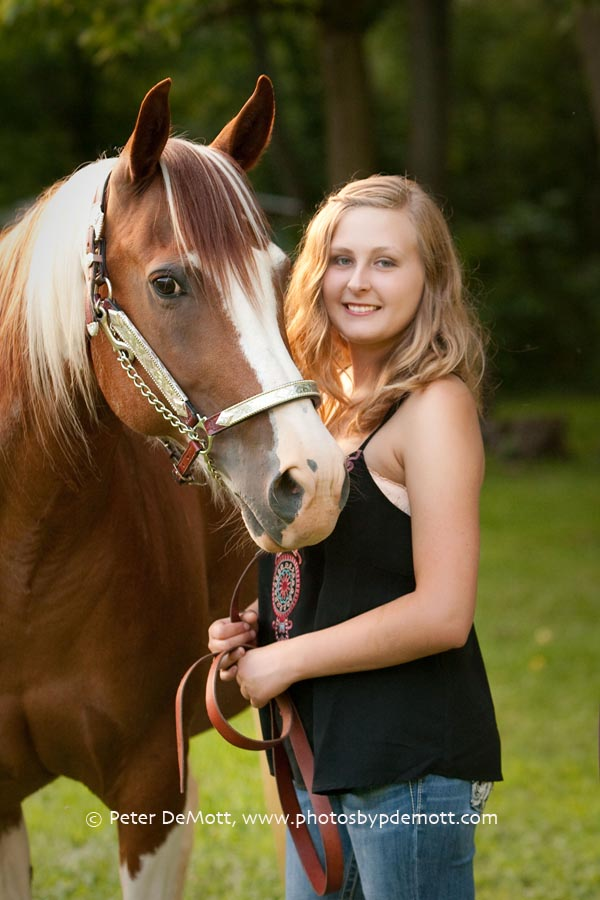 Emma and her horses senior portrait session (Dayton senior portrait photographer)